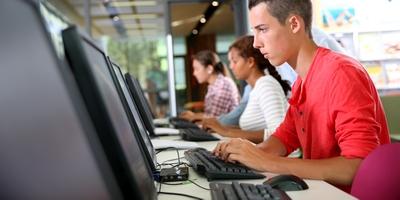 Schreiben lernen in Vollzeit-Journalistenschulen